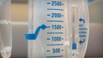 How to Use an Incentive Spirometer